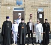 Епископ Шахтинский Симон посетил пациентов «красной» зоны COVID-госпиталя в Каменске-Шахтинском
