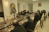 Состоялась встреча председателя Синодального отдела по взаимоотношениям Церкви с обществом и СМИ со священнослужителями-блогерами