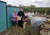 В Красноярском крае представители Церкви передали помощь пострадавшим из-за паводка