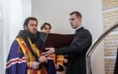 На подворье Троице-Сергиевой лавры открыли мемориал защитникам обители в период Смутного времени