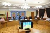 Митрополит Запорожский Лука рассказал депутатам областного совета о деятельности Запорожской епархии