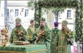 Митрополит Воскресенский Дионисий возглавил престольный праздник в Троице-Сергиевой лавре