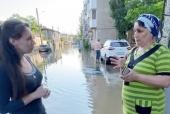 Церковь оказывает помощь в зоне подтопления в Крыму сотрудникам МЧС и пострадавшим