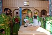 В праздник Пятидесятницы Патриарший экзарх всея Беларуси совершил чин великого освящения храма Рождества Пресвятой Богородицы в г. Солигорске Минской области