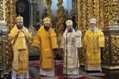 Патриарший экзарх всея Беларуси совершил Божественную литургию в Успенском кафедральном соборе Смоленска