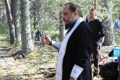 На беломорском «острове смерти» помолились о упокоении жертв первого в России концлагеря