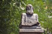 В Волжском открыли памятник святителю Луке (Войно-Ясенецкому)