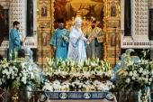 В праздник Успения Пресвятой Богородицы Предстоятель Русской Церкви совершил Литургию в Храме Христа Спасителя