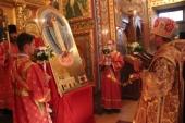 Архиепископ Элистинский Юстиниан освятил икону «Явление Господа Иисуса Христа верующим Элисты»