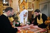 Святейший Патриарх Кирилл освятил восстановленный Троицкий храм на Октябрьской набережной Санкт-Петербурга