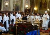 В Екатерининском соборе Краснодара состоялось отпевание Героя России генерала Виктора Казанцева