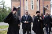 Патриарший экзарх всея Беларуси и председатель Минского облисполкома посетили строящийся церковно-приходской дом при храме Рождества Христова г. Борисова