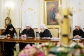 Священный Синод поручил рассмотреть многочисленные обращения клириков Александрийской Православной Церкви с просьбой о принятии их под омофор Московского Патриархата