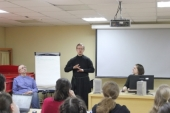 В двух храмах Москвы стартуют занятия по изучению жестового языка