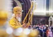 В Неделю 16-ю по Пятидесятнице Святейший Патриарх Кирилл совершил Литургию в Храме Христа Спасителя