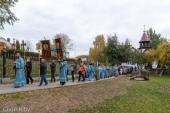 В праздник Покрова Пресвятой Богородицы Патриарший экзарх всея Беларуси возглавил престольное торжество в одноименном храме города Минска