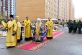 Митрополит Санкт-Петербургский Варсонофий отслужил молебен на месте строящегося храма в академии связи