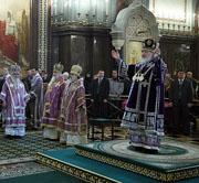 В Неделю четвертую Великого поста Святейший Патриарх Кирилл совершил Божественную литургию в Храме Христа Спасителя