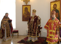 Святейший Патриарх совершил Божественную литургию в храме вмч. Димитрия Солунского на Благуше