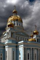 Предстоятель Русской Церкви освятил кафедральный собор в честь св. Феодора Ушакова в Саранске и совершил в нем Божественную Литургию