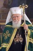 Местоблюститель Патриаршего престола поздравил Святейшего Патриарха Болгарского Максима с днем тезоименитства