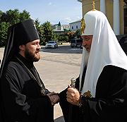 Предстоятель Русской Православной Церкви посетил Отдел внешних церковных связей Московского Патриархата