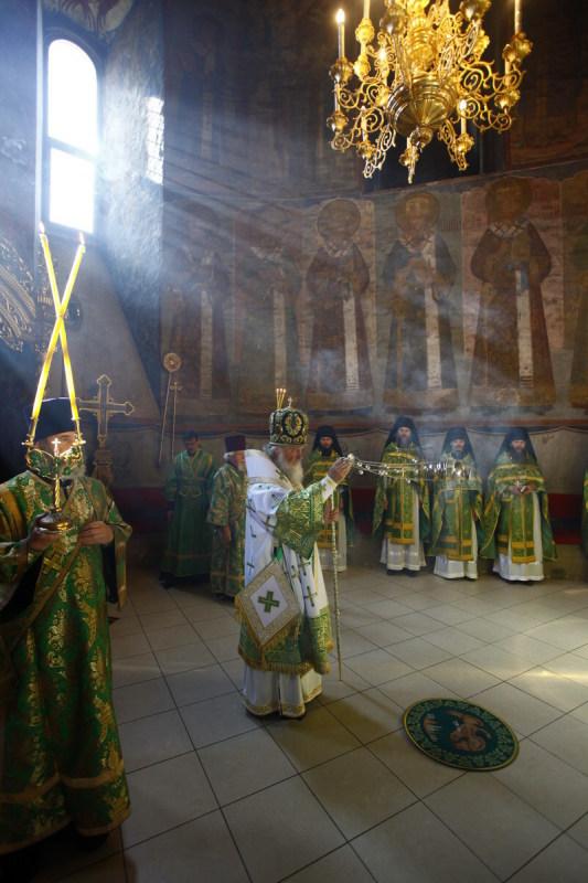 Патриаршее служение в праздник Пятидесятницы в Успенском соборе Троице-Сергиевой лавры