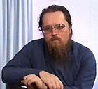Диакон Андрей Кураев высказался против гаданий на святки, боязни 'пятницы, 13-го' и прочих суеверий