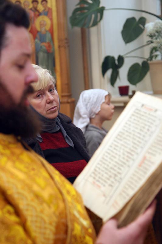 Архиерейское богослужение в храме Космы и Дамиана на Маросейке