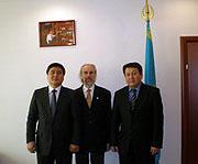 По приглашению министра юстиции Республики Казахстан Астану посетил известный сектовед профессор А.Л. Дворкин