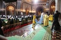 Избранный и нареченный Патриархом Московским и всея Руси митрополит Кирилл совершил в Храме Христа Спасителя благодарственный молебен