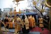 Освящение крестов Покровского храма Марфо-Мариинской обители