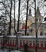В домовом храме Патриаршей резиденции совершается заупокойная Божественная литургия