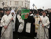 Завершился чин отпевания Святейшего Патриарха Алексия