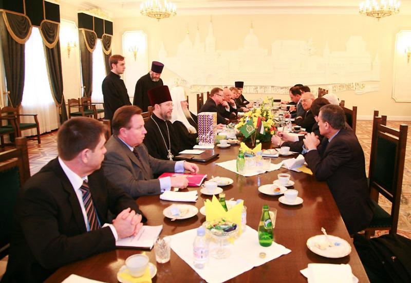 Встреча Святейшего Патриарха Алексия с Президентом Палестинской национальной администрации Махмудом Аббасом