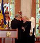 Святейшему Патриарху Алексию вручена высшая награда Молдовы