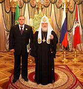 Святейший Патриарх Кирилл наградил заместителя мэра Москвы Сергея Байдакова орденом прп. Серафима Саровского II степени
