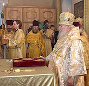 Святейший Патриарх Алексий совершил Божественную литургию в храме святых бессребреников Космы и Дамиана в Шубине
