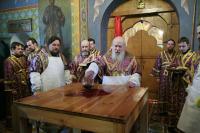 Святейший Патриарх совершил Великое освящение храма преподобного Марона в Старых Панех