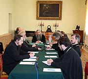 В Издательском Совете прошел круглый стол, посвященный конфликтам в Церкви