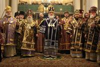 Святейший Патриарх Кирилл совершил всенощное бдение в Свято-Троицком соборе Александро-Невской лавры