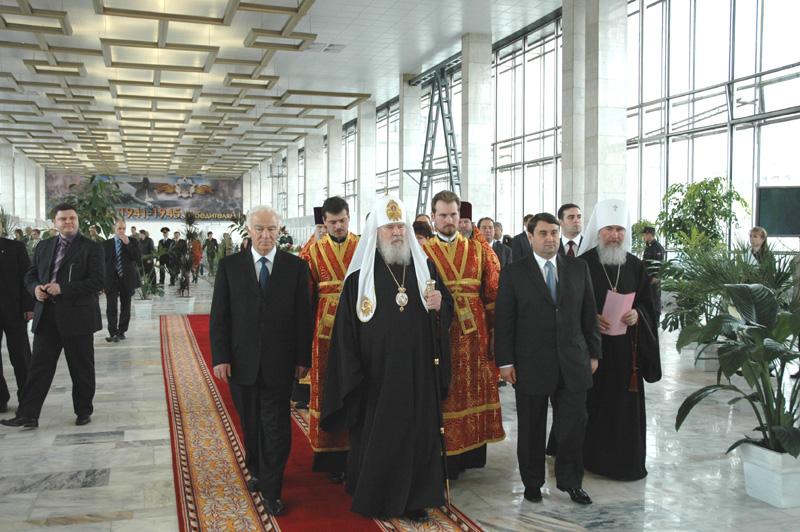 Освящение храма-часовни в честь св. Георгия Победоносца на Белорусском вокзале