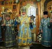В канун праздника Благовещения Пресвятой Богородицы Святейший Патриарх Кирилл совершил всенощное бдение в Благовещенском храме в Петровском парке
