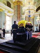 Храм — госучреждение? Директор государственного Музея истории религии считает, что Петропавловский собор Петербурга никогда не принадлежал Церкви.