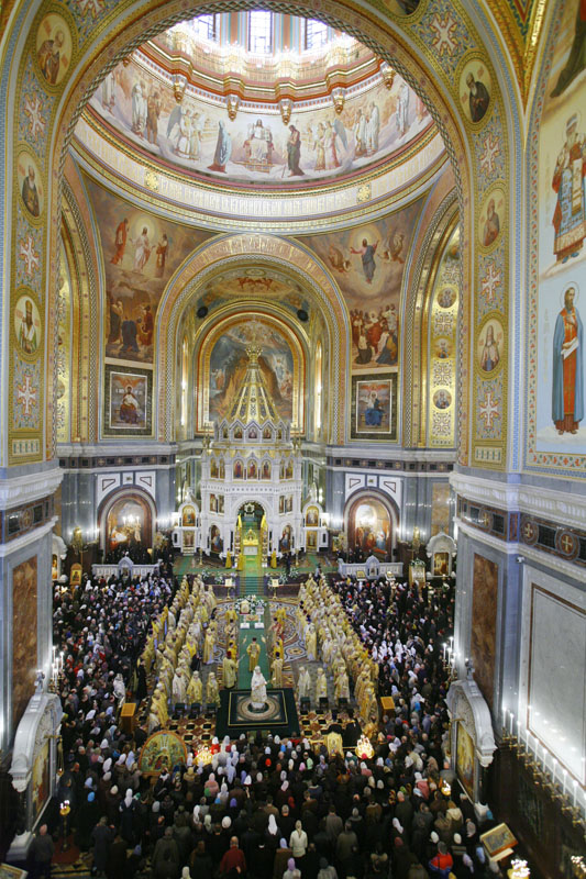 Патриаршее богослужение в Храме Христа Спасителя в день тезоиментства Его Святейшества