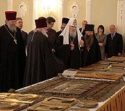 Генеральная Прокуратура передала Русской Православной Церкви похищенные иконы
