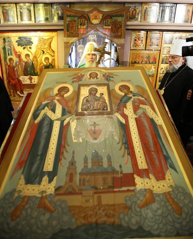 Патриаршее служение в Ризоположенском храме Московского Кремля в праздник Положения честной ризы Пресвятой Богородицы