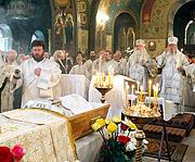 В Москве состоялось отпевание почившего настоятеля храма прп. Пимена Великого в Новых Воротниках протоиерея Николая Петрова