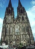 В кафедральном соборе Кельна освящен витраж, выполненный художником-абстракционистом Герхардом Рихтером