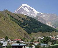 Патриарх Илия II посетил монастырский комплекс, строящийся на российско-грузинской границе